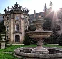 Schloss V.
