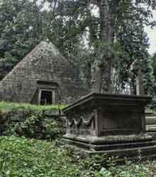 Pyramide der Erleuchteten